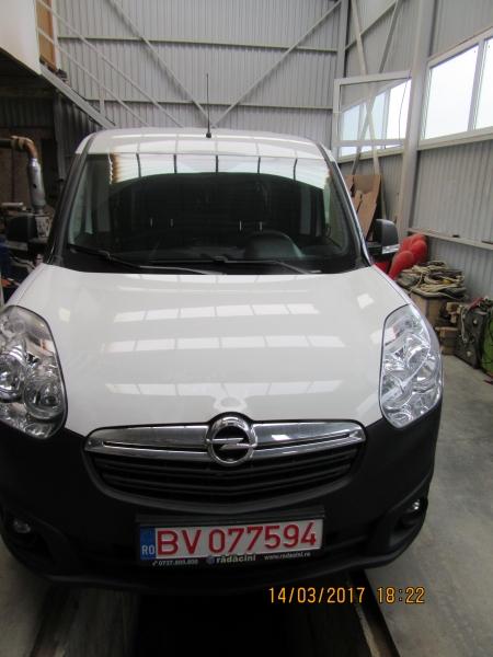 Capitonare Opel Combo 2017
